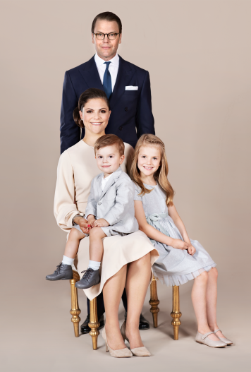 A photo of HRH Crown Princess Victoria, HRH Prince Daniel, HRH Princess Estelle and HRH Prince Oscar