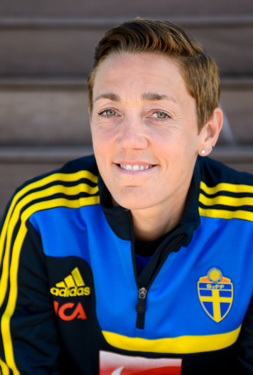 Therese Sjögran fotball player
