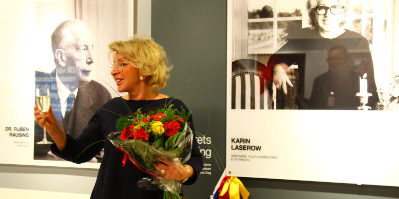Karin Laserow at her photo at the exhibition Welcome to my hometown at Malmö Airport